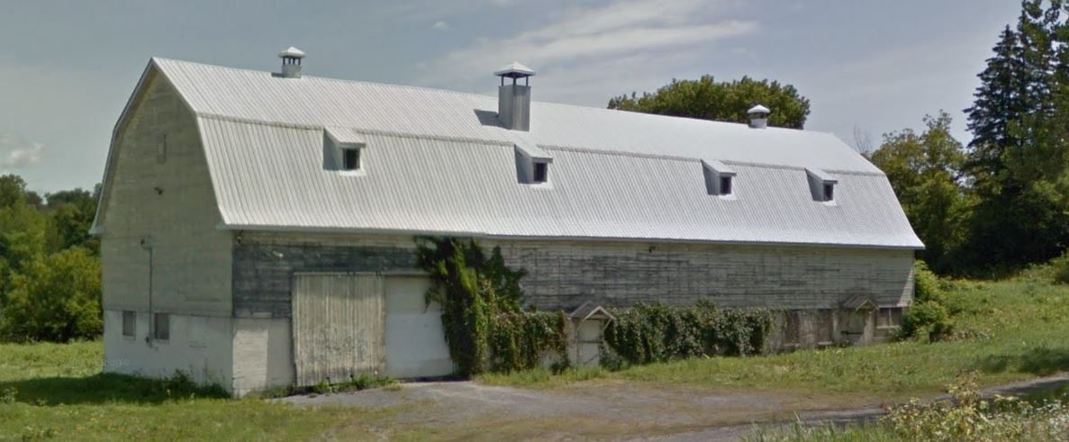 Viking's first hangar. We called it the old barn. You can see why we were all so happy to relocate to Bell's Corners.